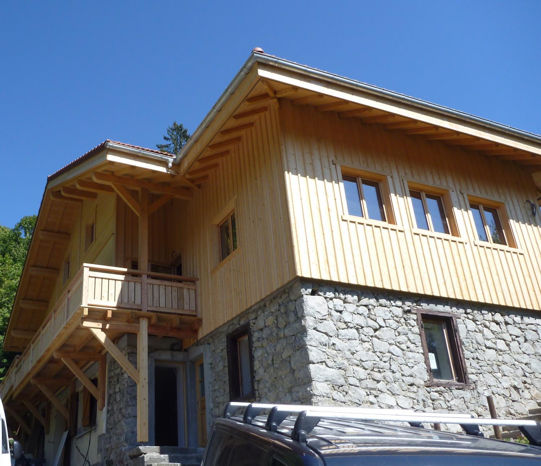 Ossature bois manigod alternative construction bois for Amelioration isolation maison